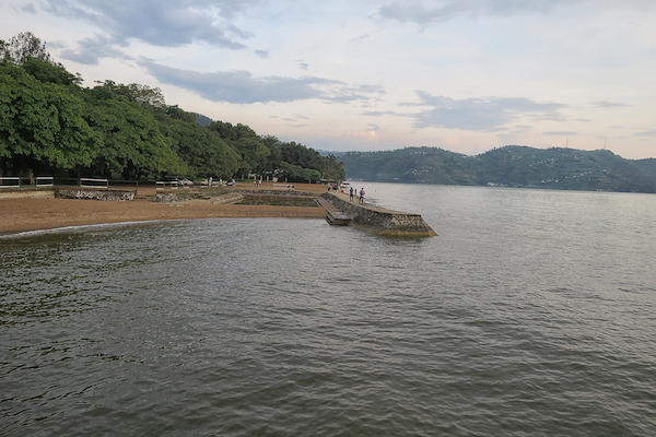 Park und Badestelle in Gisenyi/Rubavu.